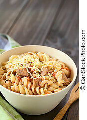 Pasta with Tuna and Tomato Sauce