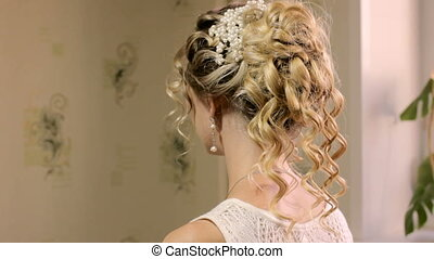 Beautiful bride with fashion wedding hairstyle, HD