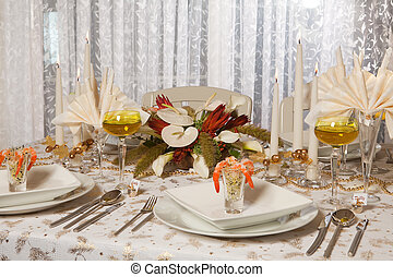 Elegant dinner table 1 - Elegant Christmas or Wedding table...