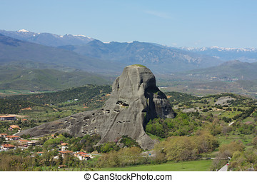 The majestic cliffs of Meteora.