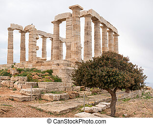 Sounio the Temple of Poseidon - Ruins of an ancient Greek...