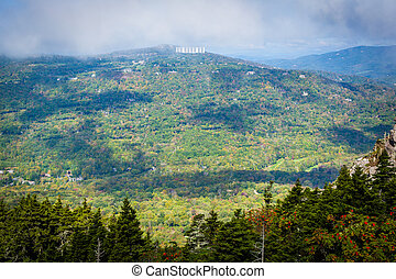 View of the Blue Ridge Mountains from Grandfather Mountain, North Carolina.