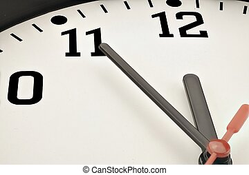 5 to 12 clock concept