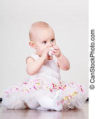 Little girl child portrait - Lovely little child girl in...