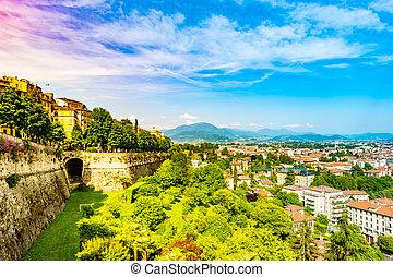 Panoramic view of Citta Alta, old town. Bergamo - Panoramic...