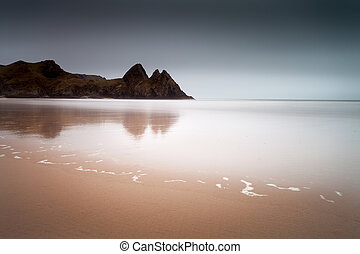 Three Cliffs Bay Gower - Well known coastal beauty spot in...