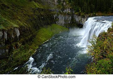 Mesa Falls Large Waterfall River Canyon Powerful - Mesa...