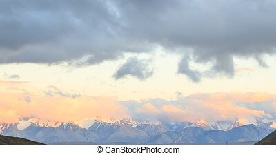 Sunset in the mountains. Plateau Kara-Say (3.800 m.)...