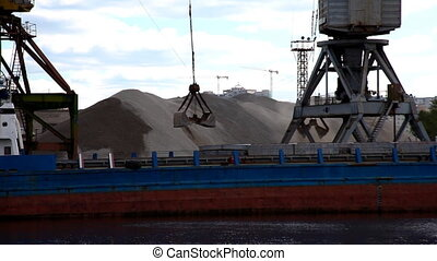 ship\'s crane at work