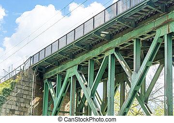 Steel railway bridge - Railway bridge of steel for...