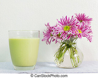 Soy milk with green tea