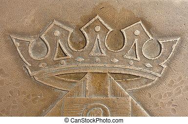 Krone, Relief am Boden