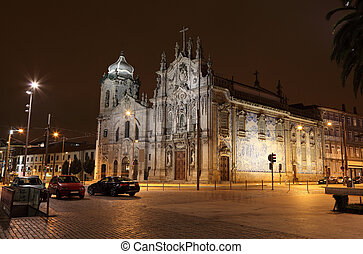 Carmo Church Igreja do Carmo illuminated at night, Porto...