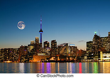 Rising moon over Toronto, Canada - A Rising moon over...