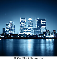 Canary Wharf at night. - Canary Wharf view from Greenwich....