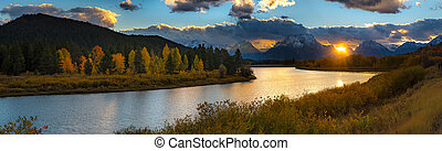 Oxbow Bend Point - Beautiful view of Oxbow Bend Turn out in...