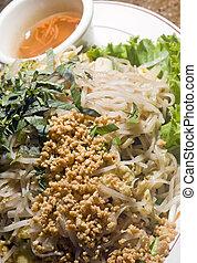 bun xao vietnamese food