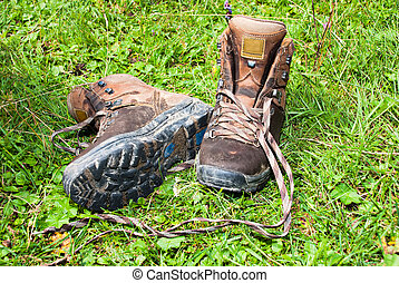 mountain boots - Duty old mountain boots have a rest at...