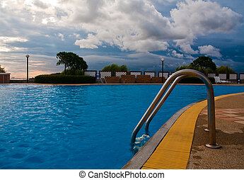 Escaleras, piscina