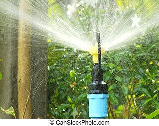 水, 洒水器