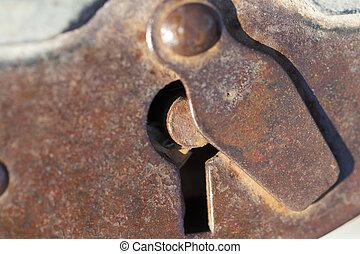 he old big padlock, Rusty lock