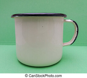 Off white enamel pot - Old-fashioned off white enamel pot...