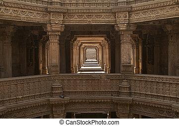 Adalaj Stepwell, Ahmadabad, Gujarat, India - Ornately carved...