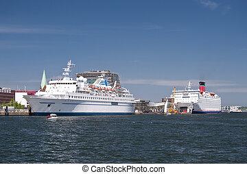 Port of Kiel - Scene in the port of Kiel, Germany