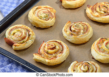 Puff pastry with ham
