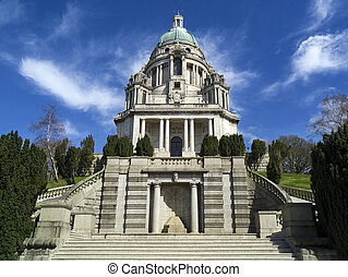 Ashton Memorial - Lancaster - England - The Ashton Memorial...