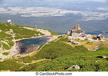 Tarn Skalnate pleso in High Tatras, Slovakia - Tarn Skalnate...