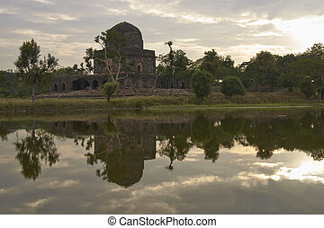 Historic Buildings of Mandu - Historic building Dai ki...