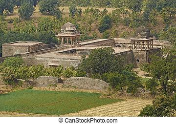 Baz Bahadur's palace in Mandu - Historic Baz Bahadur's...