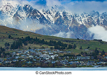 beautiful scenic of lake vakatipu queenstown south island...