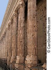 Emperor Adrian temple - The Emperor Adrian temple in Piazza...