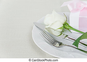 Beautiful table setting - Beautiful decorated table with...
