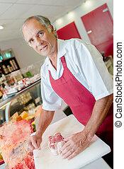 butcher preparing papillote