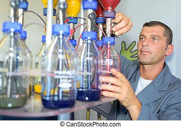 color mixture pumps