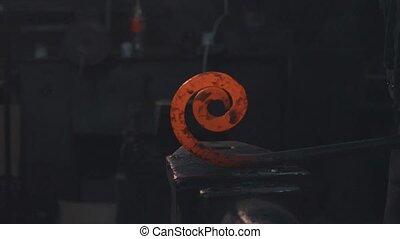 Cooling of forging metal detail