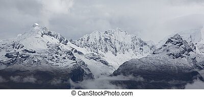 Cordillera Blanca mountain, Huaraz in Peru - Panorama of the...