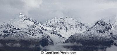 Cordillera Blanca mountain, Huaraz in Peru - Panorama of the...