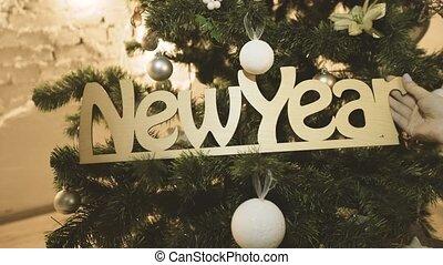 Christmas Tree Decoration - Christmas Tree Lights and...
