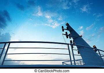 Large cruise mast - Sattelite communication antenna and...