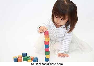 Japanese girl playing with blocks (2 years old)