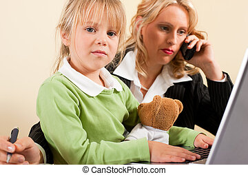 Busineswoman and mother cannot take it all - Family Business...
