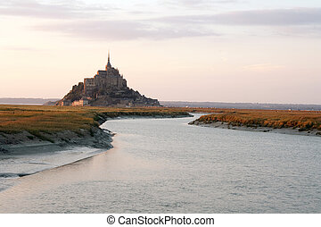 mont-saint-michel by sunset