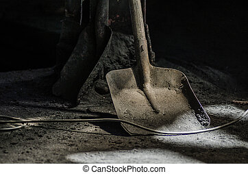 shovel in foundry - shovel in an old foundry