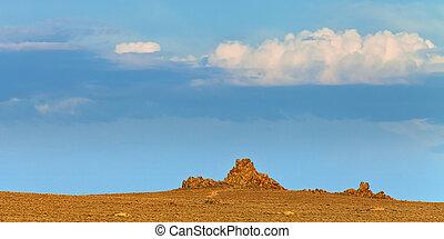 Nevada landscape at sunset near Lovelock, NV. Tufa rock...