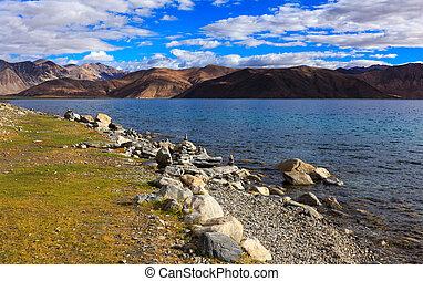 Pangong tso Lake, Ladakh, Jammu and Kashmir, India - Pangong...
