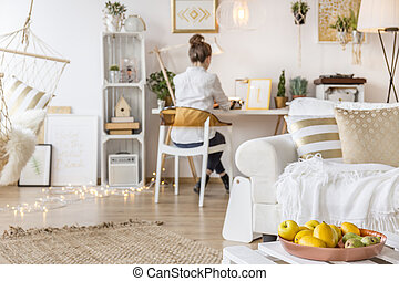 Apartment with working freelancer - Modern and cozy...